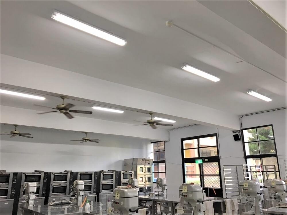 LED工事燈